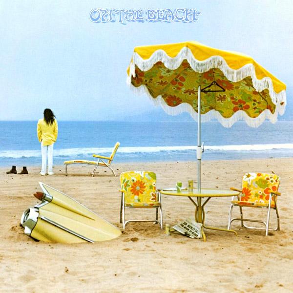 Copertina Disco Vinile 33 giri On The Beach di Neil Young